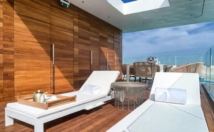 floating seahorse villa deck