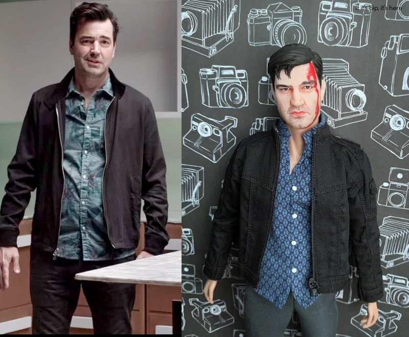 Ron Livingston and Keith Powell doll
