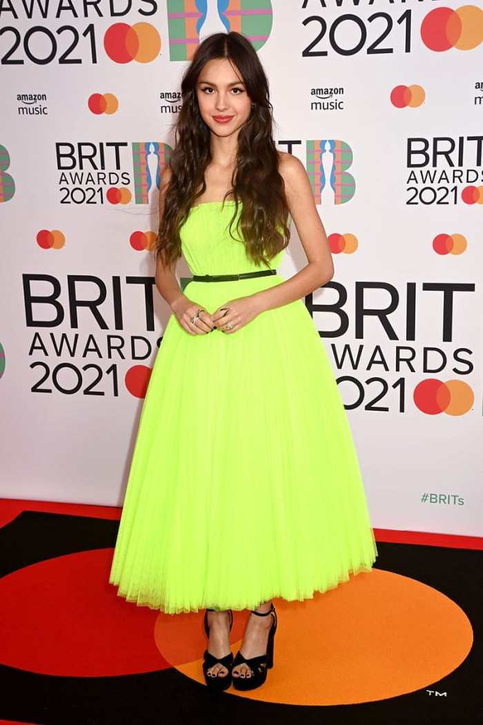 Olivia-Rodrigo-red-carpet-brit-awards-2021-christian dior