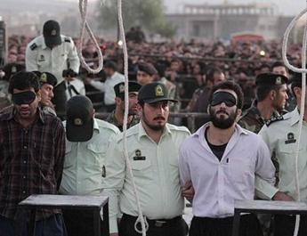 ifmat - Mass Execution of Eight Prisoners, Including Two Women in Gohardasht Prison