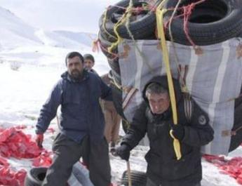 ifmat - Poor conditions for porters who are targeted by Iran regime agents