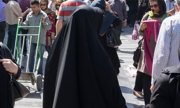 ifmat - Iranian police arrest 29 women
