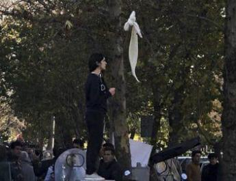 ifmat - Iran Basij promised to butcher me for fighting compulsory hijab