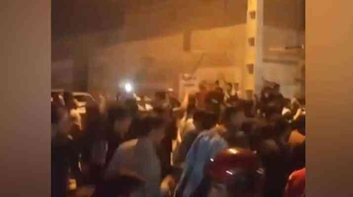 ifmat - Thousands demonstrate and clash with repressive forces in Iran