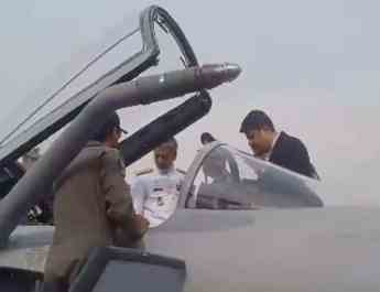ifmat - Iran considers buying Pakistan thunder fighter jets