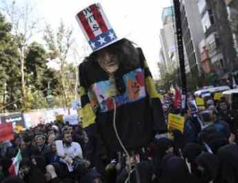 ifmat - Iran president warns of war situation as sanctions resume