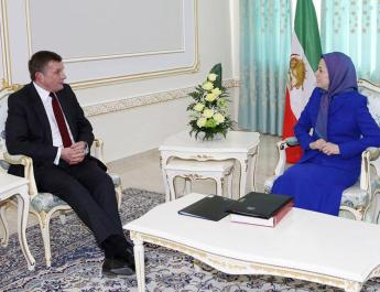 ifmat - Leader of the Iranian resistance met with British MP David Jones