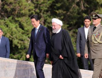 ifmat - Iranian president welcomes Abe