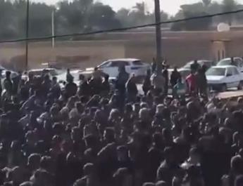 ifmat - Iran arrests dozens during protests