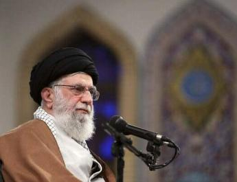 ifmat - Iran leader makes case for French holocaust denier