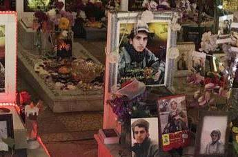 ifmat - Soleimani grave is not all hearts and roses like Hezbollah fighters