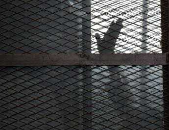ifmat - Iranian political prisoners fear infection
