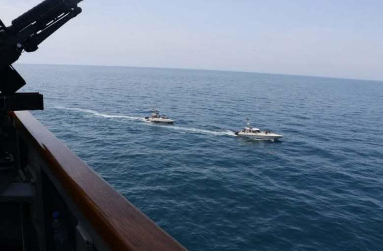 ifmat-US Navy says Iran Revolutionary Guards navy harassed its vessels in Gulf2