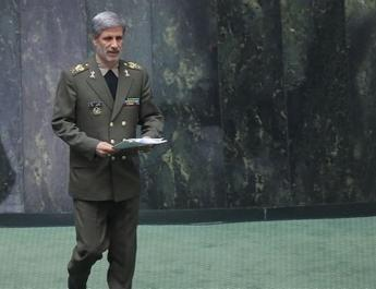ifmat - Over 70 percent of aircraft parts made in Iran says Defense Minister