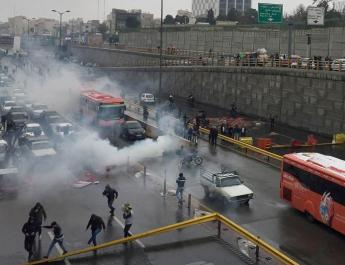 ifmat - Iran media compares popular uprisings to explosion