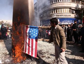 ifmat - Iranian professor says Burning more American flags will create solidarity with US protesters