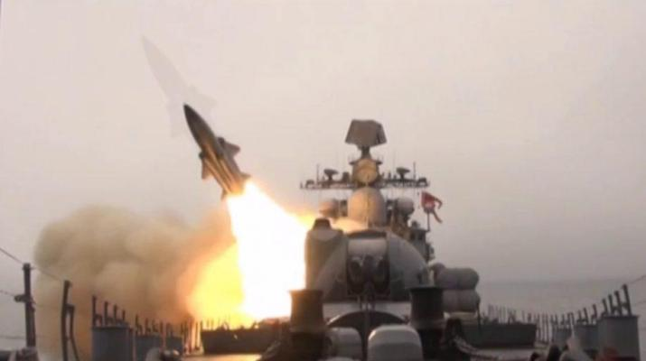 ifmat - Russian and Iranian naval forces destroy enemy boats - video