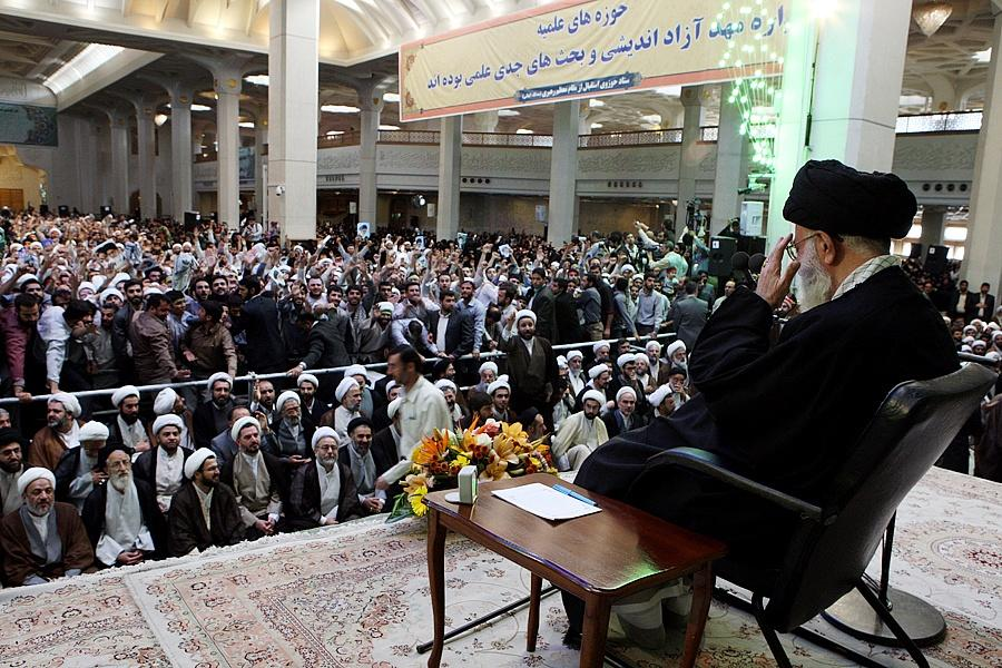 ifmat - Iran Supreme Leader Ali Khamenei meeting with Al Mustafa students and staff