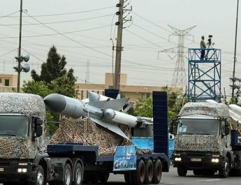 ifmat - Iran army unveils new missiles and artillery systems in military parade