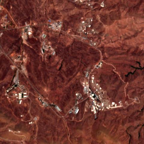 ifmat - New buildings spotted at Iran Parchin military site1