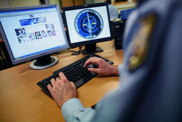 ifmat - Iran cyber police arrests 3 for creating ambiguity on election day