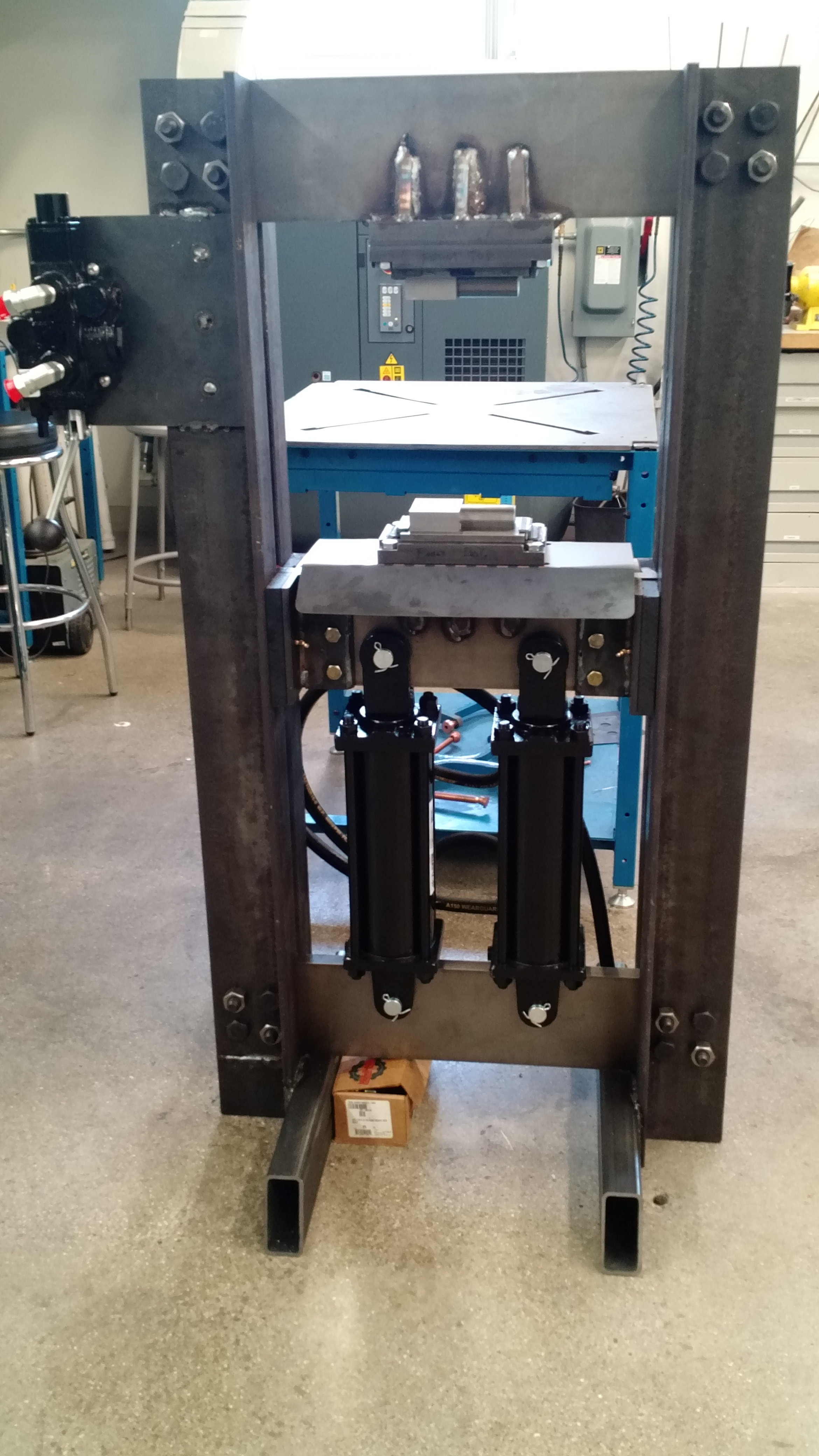 hydraulic forge press group