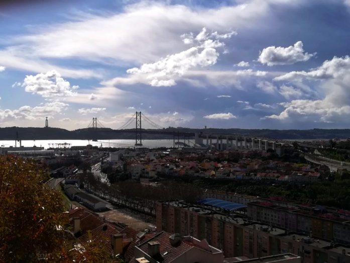 vista ponte e fiume miradouro cimitero dos prazeres