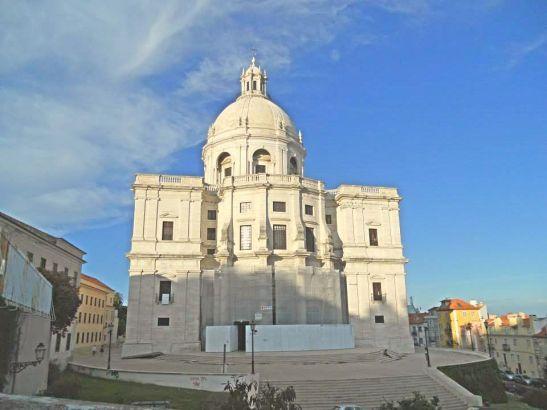 Il Pantheon tra i vicoli di Alfama