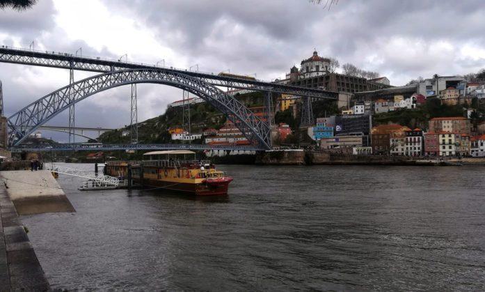 Porto e il suo Ponte. È più bella Lisbona o Porto?