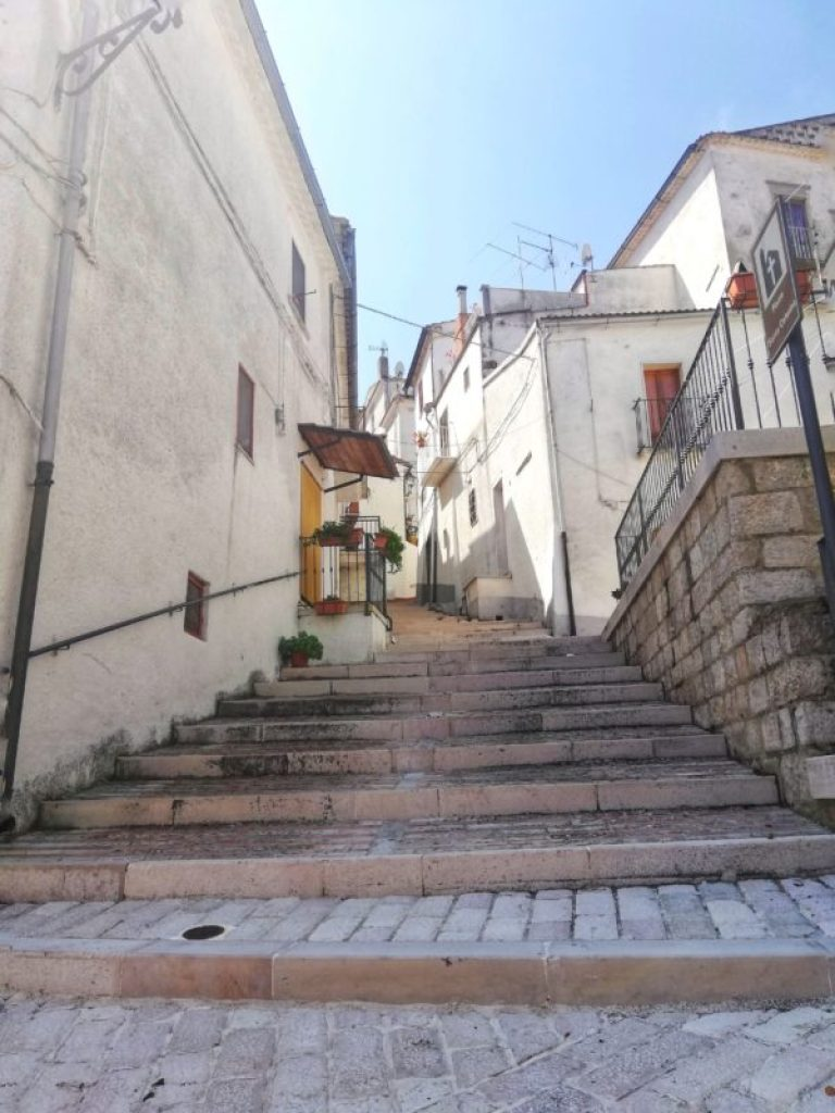 Scalinata-Alberona