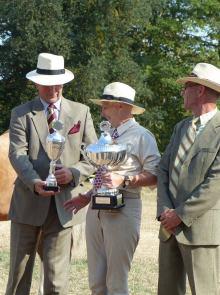 Jugendchampionat - Pokale und Hüte