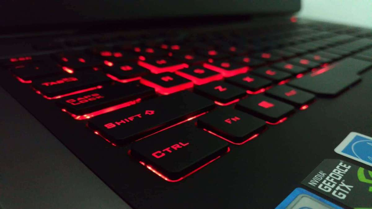 Asus ROG G752VY Review - The Mother and Father of All Gaming Notebooks! - 5