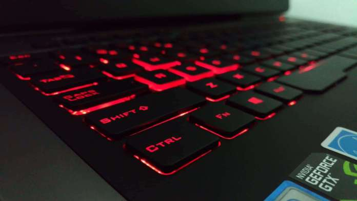 Asus ROG G752VY Review - The Mother and Father of All Gaming Notebooks! - 4