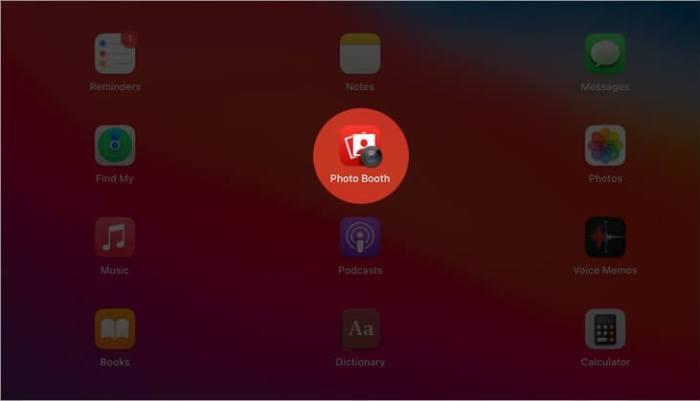 Откройте приложение Photo Booth на Mac