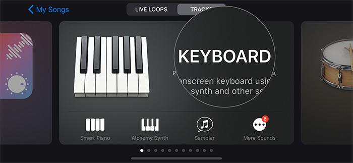 Нажмите на инструмент в приложении GarageBand на iPhone.