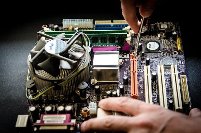 MF0957_2 Mantenimiento del subsistema físico de sistemas informáticos gratis - igf.es