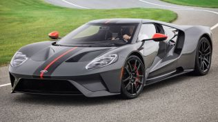 2019-ford-gt-carbon-series-11