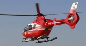 Un elicopter SMURD, solicitat să preia un bebeluș cu clavicula ruptă