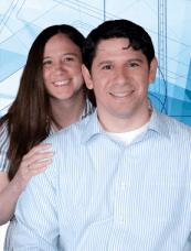 Pastor Frank Rondón y su esposa Stephanie.