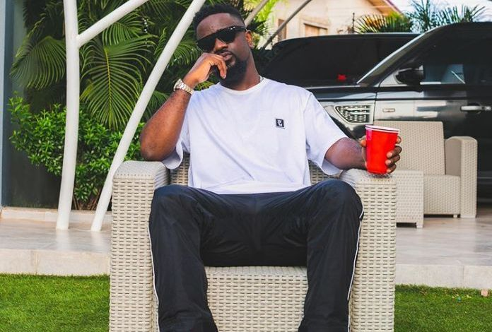 Sarkodie finally responds to those attacking him over his silence