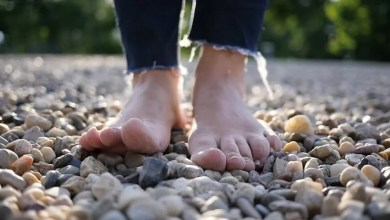 Health Benefits Of Walking Barefooted On Stones You didn't Know