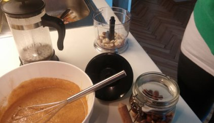 now its Nuts time. We grinded a tiny bit of hazelnuts, almonds, and cashews, and blended them with our nifty hand blender...