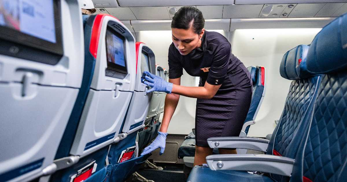 Before You Become A Flight Attendant