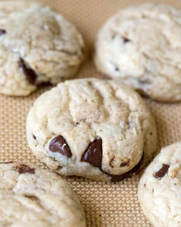 Coconut Oil Chocolate Chunk Cookies