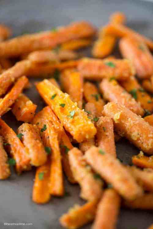 Thanksgiving Side Dishes Roasted Parmesan Carrots