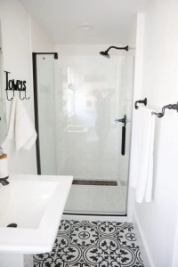 Black and White Bathroom - I Heart Nap Time
