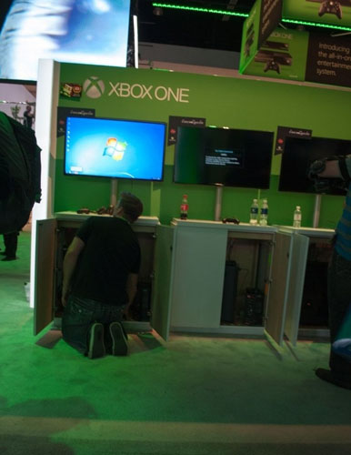 Microsoft_xbox-one-windows-7
