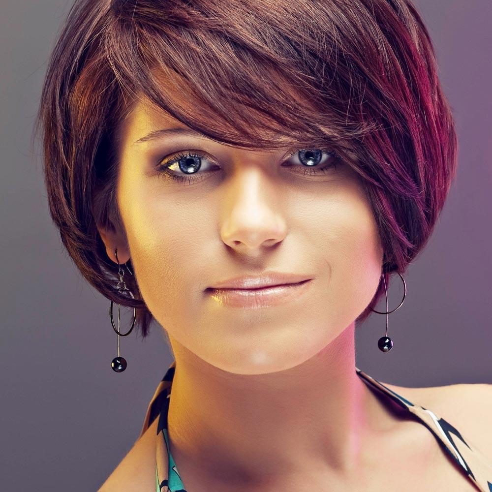 Feminine Kurzhaarfrisur mit XXLPony  Kurzhaarfrisuren
