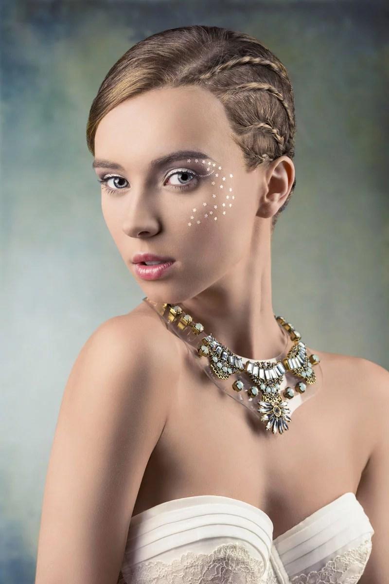 Festliche Frisur fr kurze Haare mit eingeflochtenen