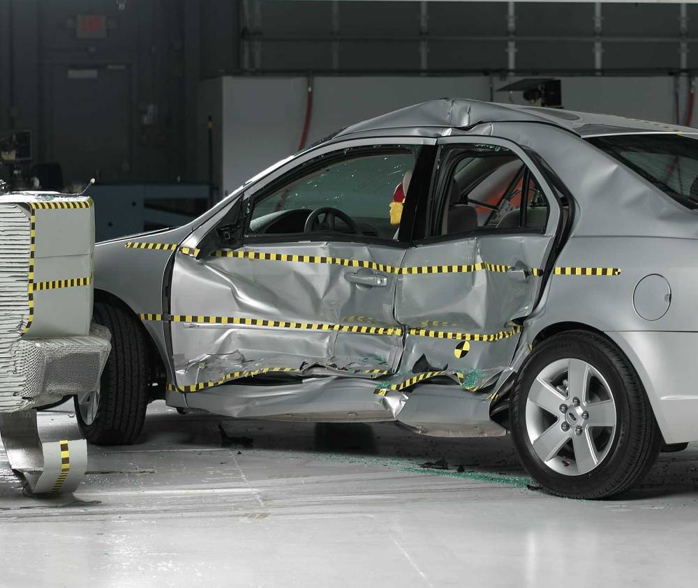 medium resolution of view of the vehicle and barrier just after the crash test